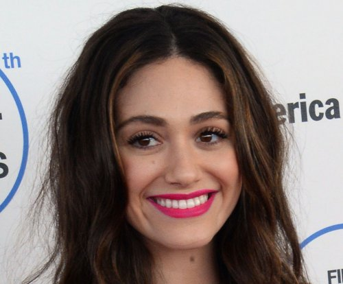 Emmy Rossum talks new neighbor Justin Bieber