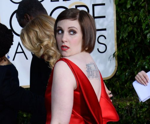 Lena Dunham's reacts to seeing self next to towering Taylor Swift, Gigi Hadid