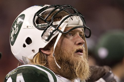 New York Jets release C Nick Mangold after 11 seasons