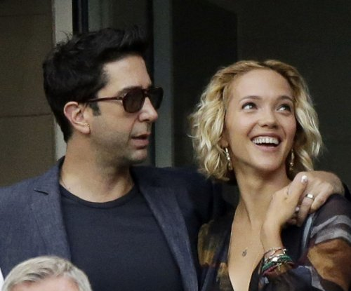 David Schwimmer, wife Zoe Buckman separate