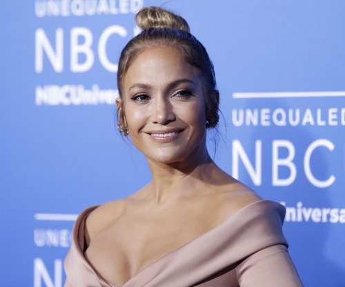 Jennifer Lopez locates missing family members in Puerto Rico