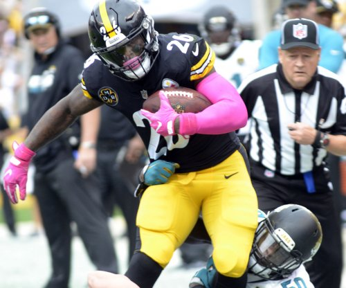 Le'Veon Bell, Pittsburgh Steelers run over Cincinnati Bengals