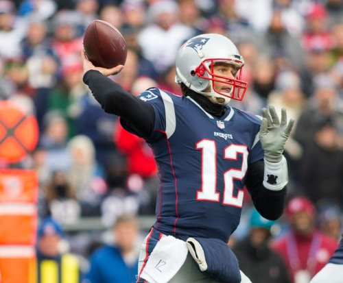 New England Patriots roll past Buffalo Bills, inch closer to AFC top seed