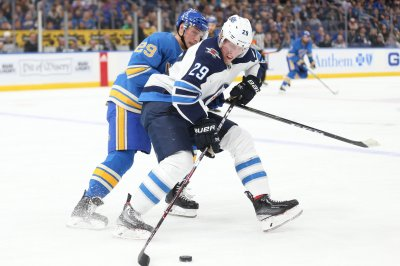Penguins aim to slow down Jets' Laine
