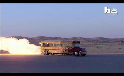 Jet-powered bus shoots flames, reaches 367 mph