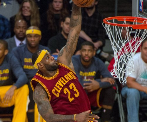 LeBron James, Kyrie Irving lead Cleveland Cavaliers past Chicago Bulls
