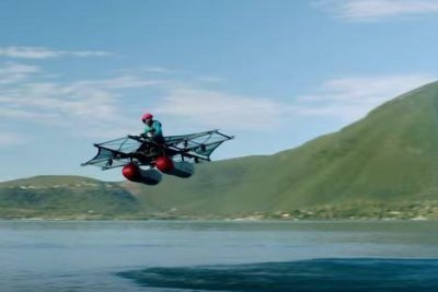 Prototype vehicle that flies over water unveiled by aero startup Kitty Hawk