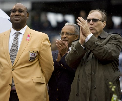 New Orleans Saints mourn Hall of Famer Cortez Kennedy in first open practice of OTAs