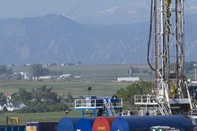 Canadian shale drawing super-major interest