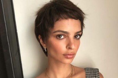 Emily Ratajkowski debuts short hair ahead of Met Gala