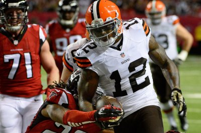 NFL notebook: Browns to release, perhaps trade, Gordon