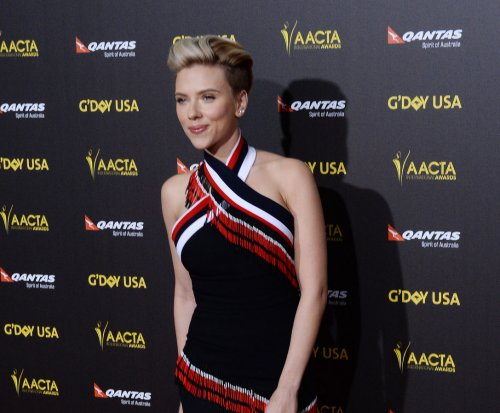 Scarlett Johansson debuts new undercut at gala