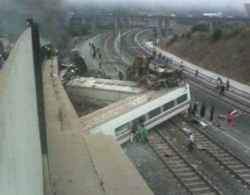 Train driver questioned after deadly crash in Spain