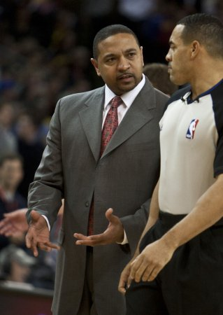 Warriors coach Jackson extorted for money