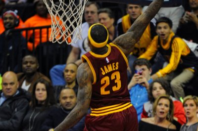 LeBron aims for redemption when Cleveland Cavaliers host Boston Celtics
