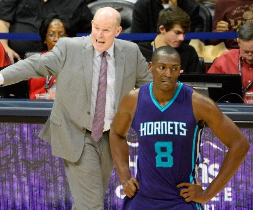 Kemba, Charlotte Hornets hold off Miami Heat