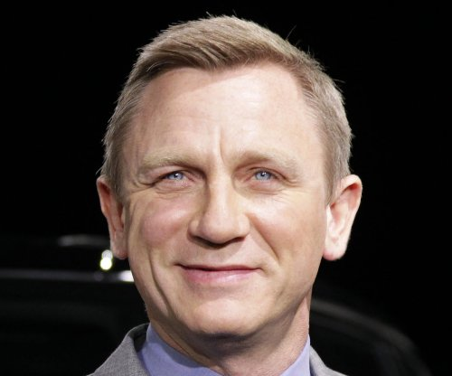 Daniel Craig injured during car chase scene for 'Spectre'