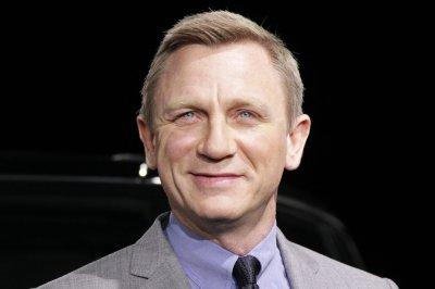 Daniel Craig injured during car chase scene for 'Spectre'