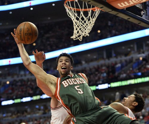 Michael Carter-Williams leads Milwaukee Bucks past Atlanta Hawks