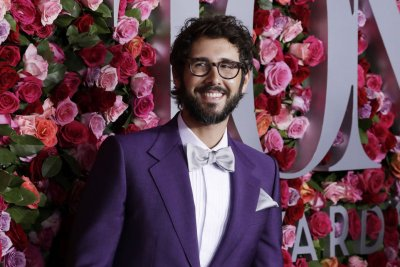 Josh Groban to launch residency at Radio City Music Hall