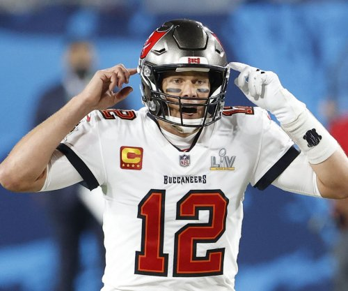 Buccaneers' Tom Brady blasts 'dumb' new NFL jersey number rule