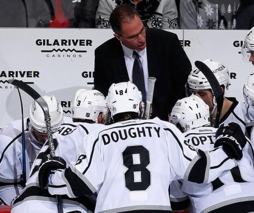 Los Angeles Kings promote assistant John Stevens to head coach