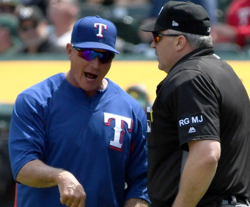Rangers hope to get bats going vs. red-hot Angels