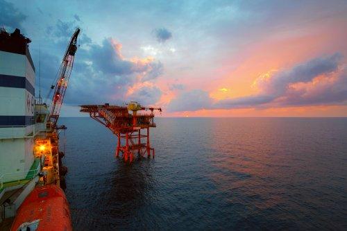 Strikes offshore Norway escalate