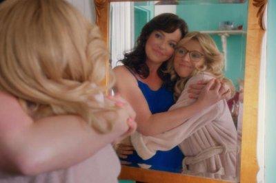'Firefly Lane' teaser: Katherine Heigl, Sarah Chalke play best friends
