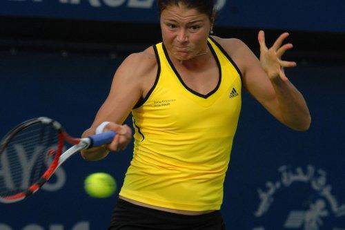 Safina, Kuznetsova advance to Rome finals