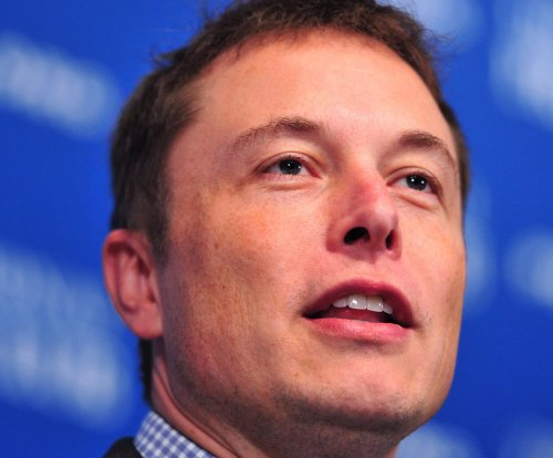 SpaceX could send people to Mars by 2024, Elon Musk says