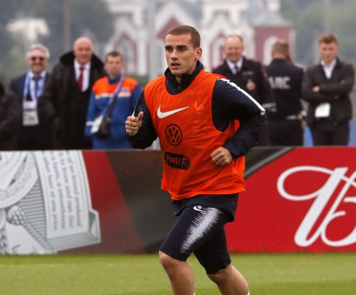 Antoine Griezmann staying at Atletico Madrid