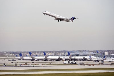 United to make sweeping upgrades to better vie for business travelers