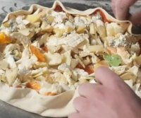 Pizza with 254 kinds of cheese breaks Guinness record