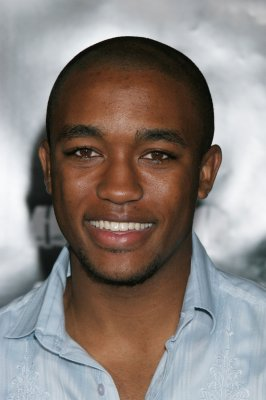 lee thompson young scrubs