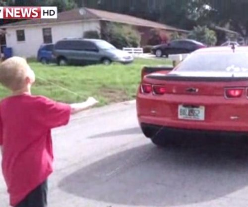 Florida dad uses Camaro to yank 8-year-old's tooth