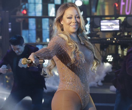 Dick Clark Productions slams as 'absurd' Mariah Carey camp's claim it 'set her up to fail'