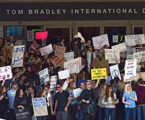 Judges in Hawaii, Maryland block Trump's revised travel ban