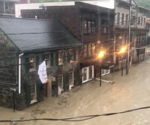 Governor declares emergency as Maryland floods