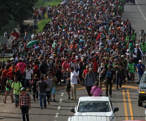 Trump threatens to cut aid to Central American nations over migrant caravan