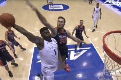 Duke's Zion Williamson goes coast-to-coast for angry dunk vs. Virginia