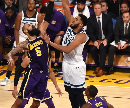Timberwolves star Karl-Anthony Towns tests positive for COVID-19