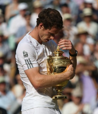 Andy Murray to have back surgery, end 2013 season