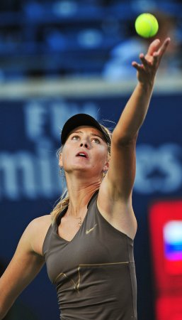 Sharapova to lead off Fed Cup for Russia