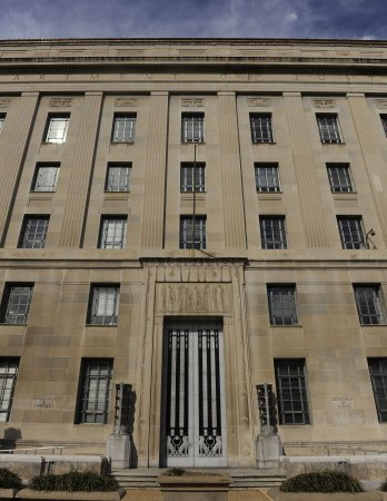 S&P calls $5B lawsuit 'retaliation' for U.S. downgrade