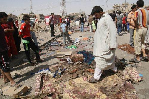 Quadruple car bombings kill 40 in Karbala, Iraq