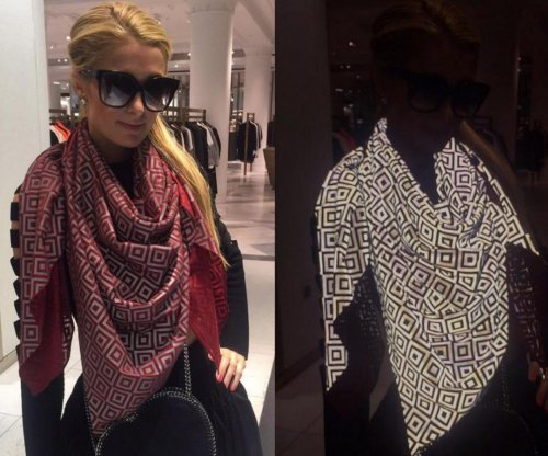 Designer creates photo-proof scarf