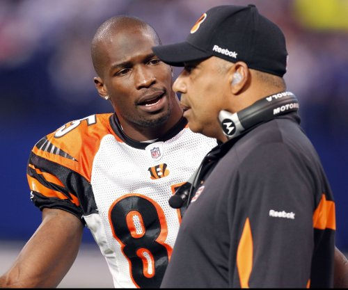 Ex-Cincinnati Bengals WR Chad Johnson to help Cleveland Browns wideouts