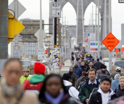 Census report: U.S. population getting older, more diverse