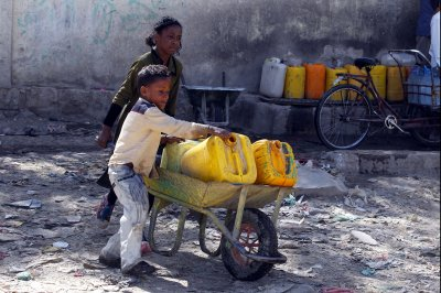 U.N.: Yemen crisis could produce 'worst famine in the world in 100 years'